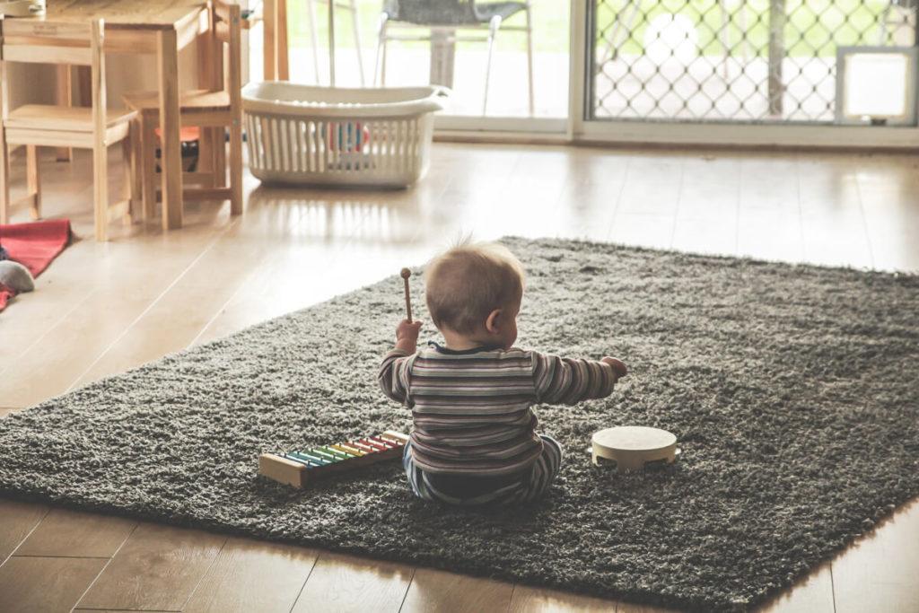 Schlagzeug für Kinder schon im jungen Alter